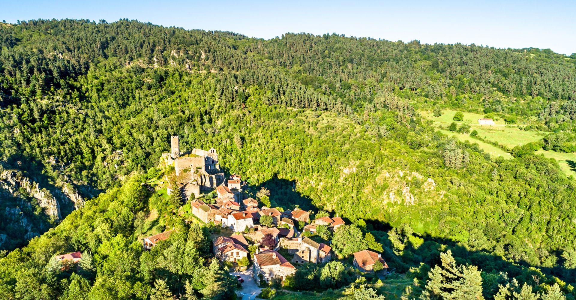 Chalencon - Village de caractère - Gîtes de France Ardèche