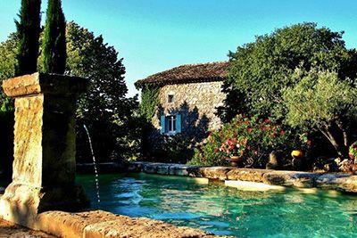 Locations avec piscines - Services proposés - Gîtes de France Ardèche