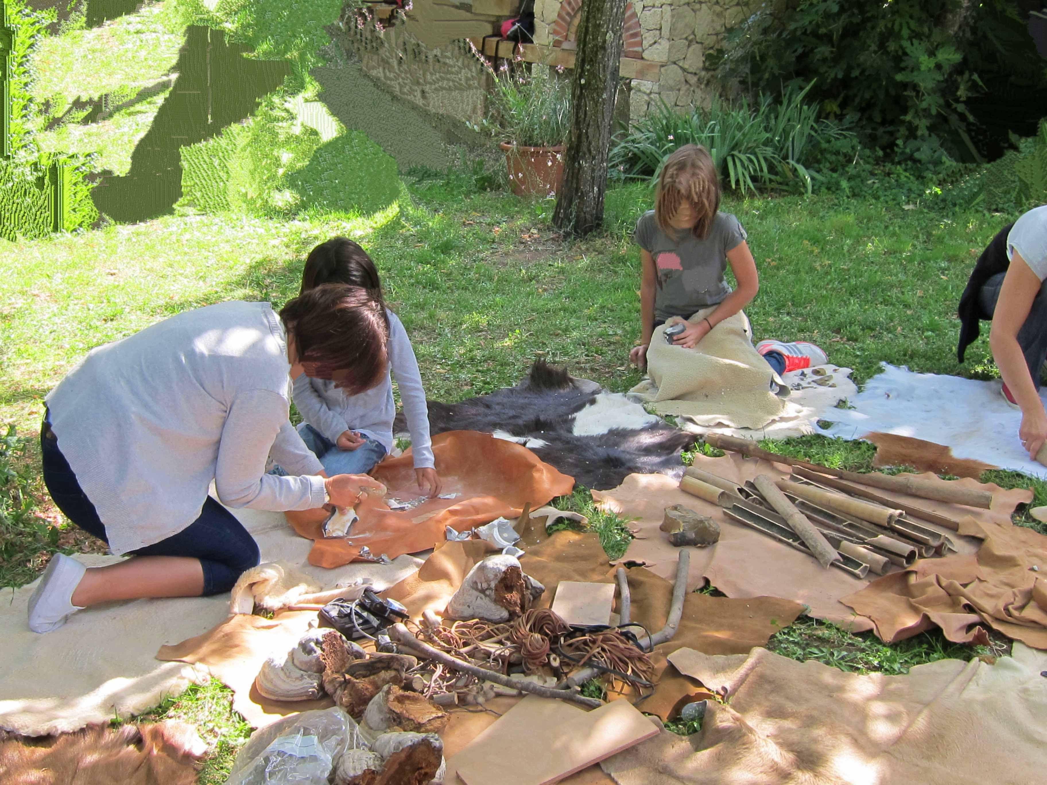 Atelier séjour préhistorique gîte le Lézard Bleu