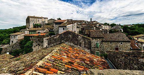 Vinezac - Village de caractère - Gîtes de France Ardèche