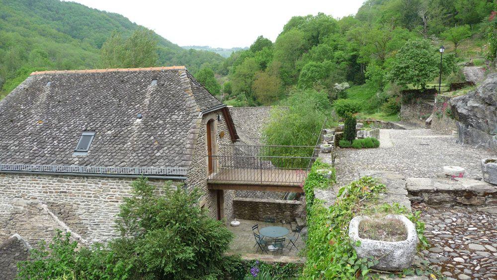 La terrasse et salon de jardin