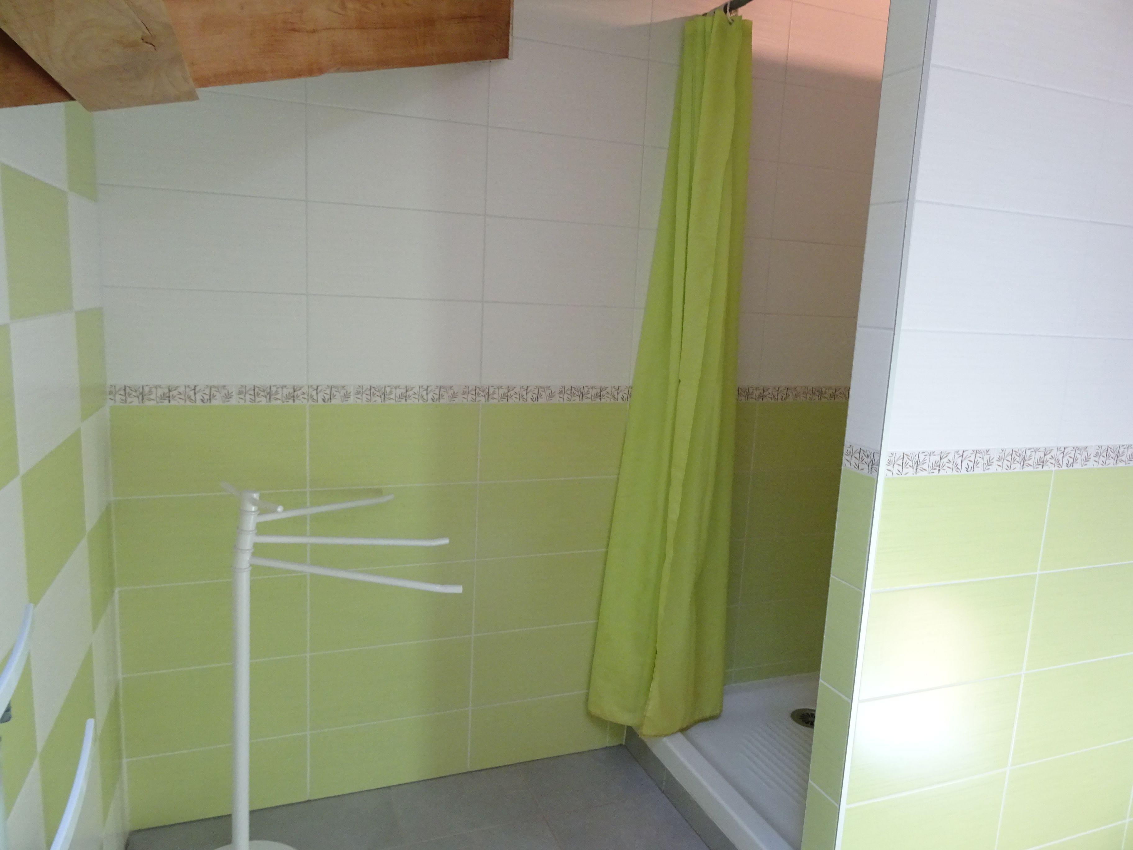 Salle de bains étage (douche)