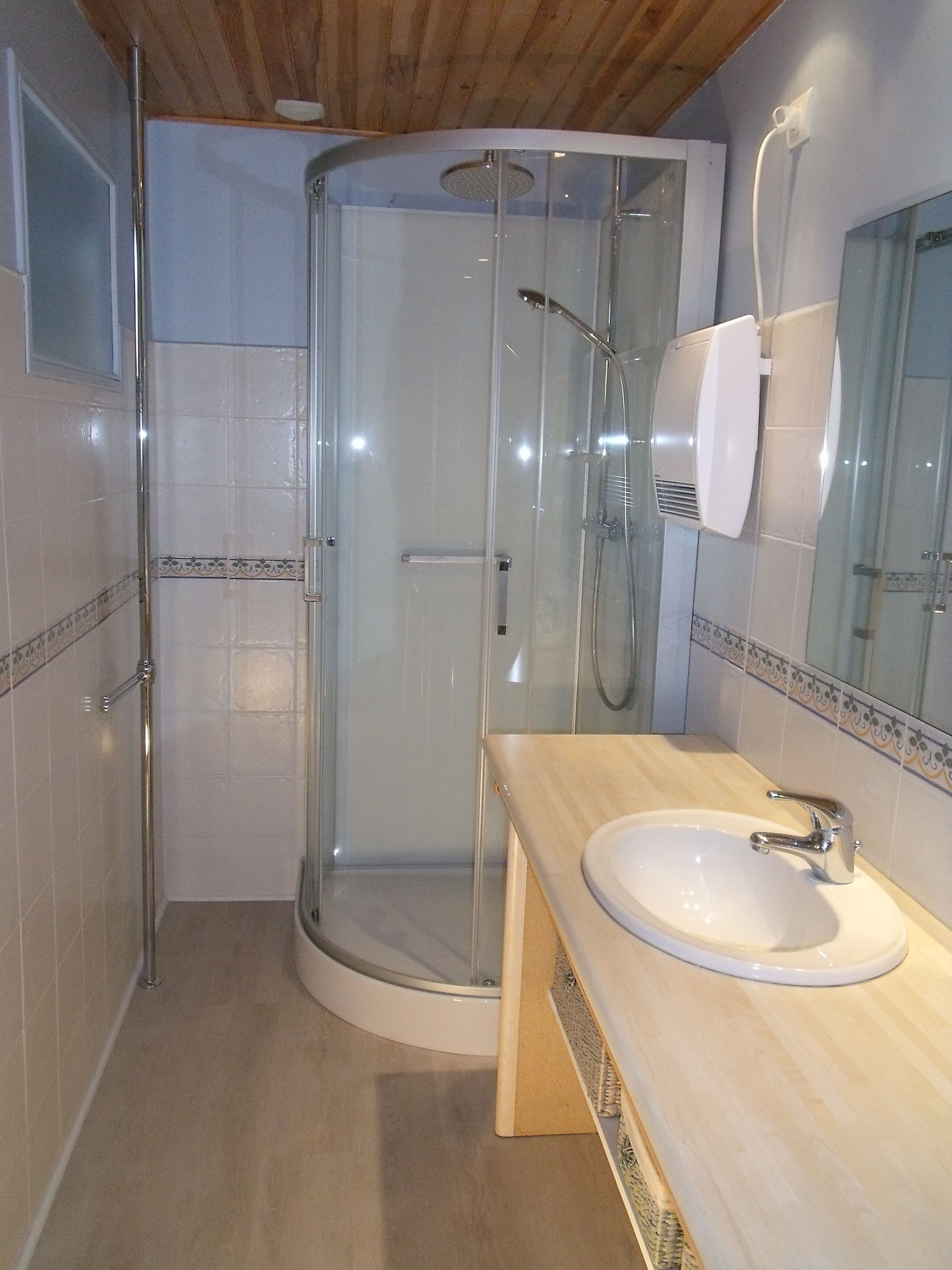 SE 1er étage + WC