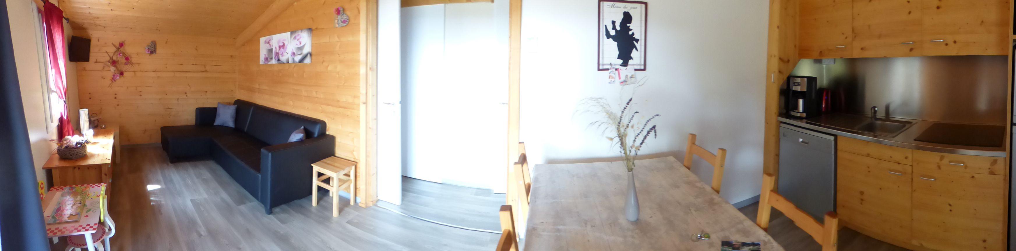 Vue panoramique salon cuisine