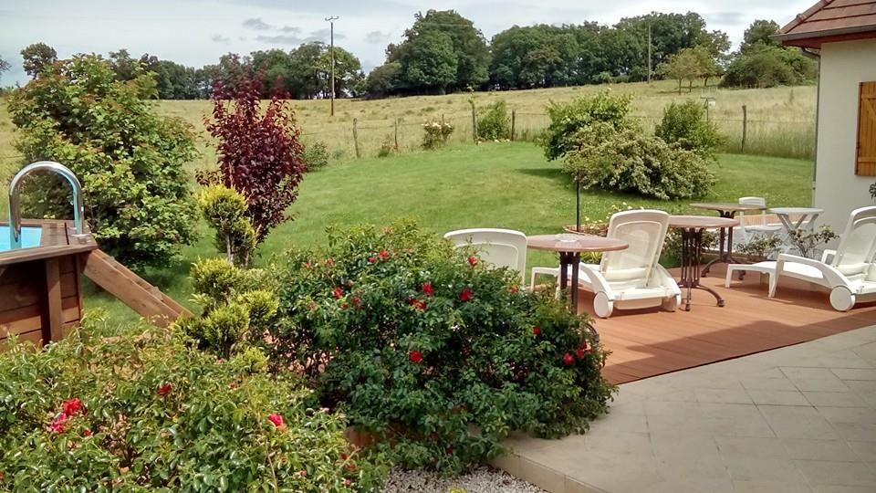 vue sur le jardin de la terrasse
