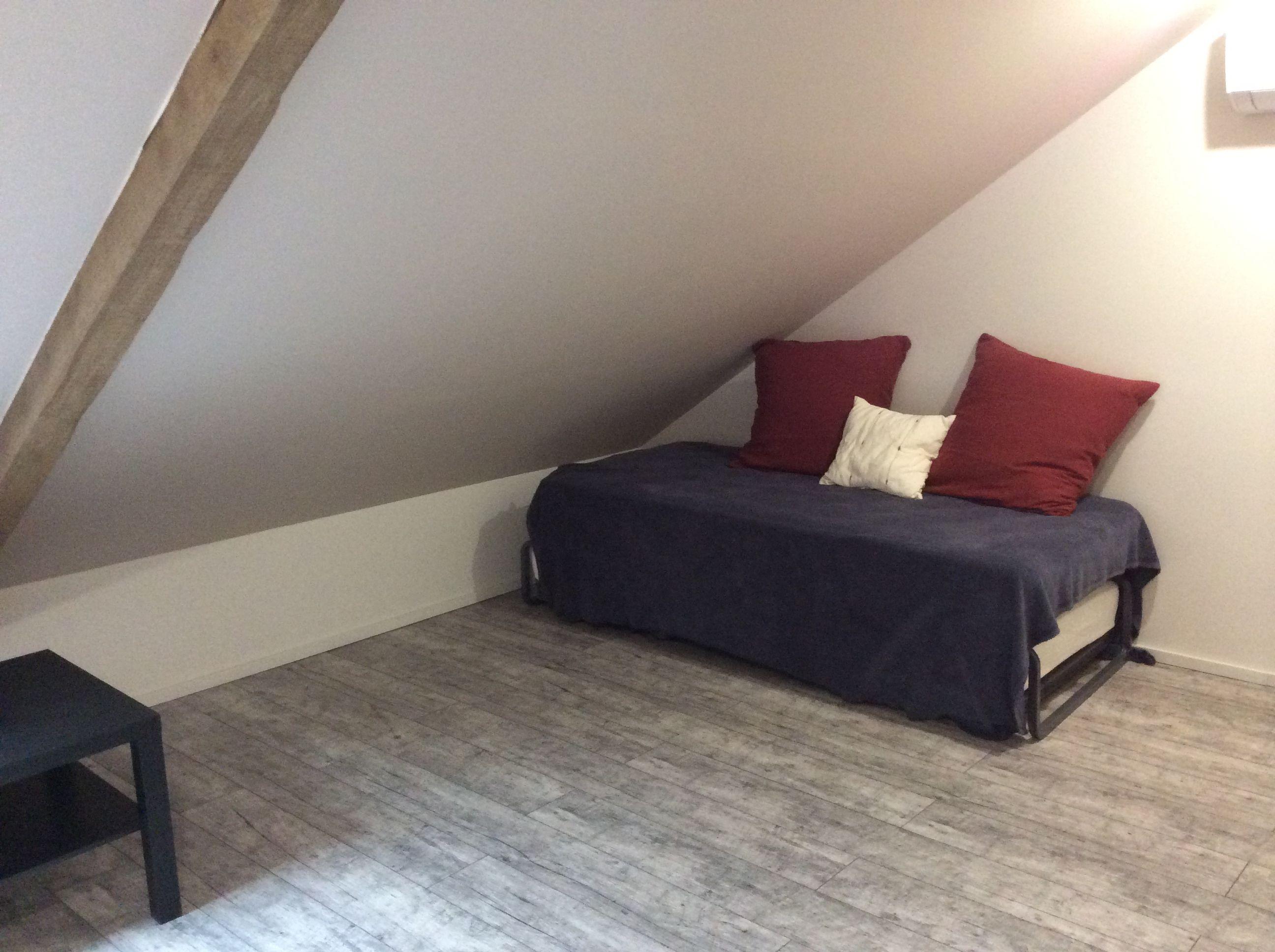 lit gigogne dans la chambre 2 à 4 personnes