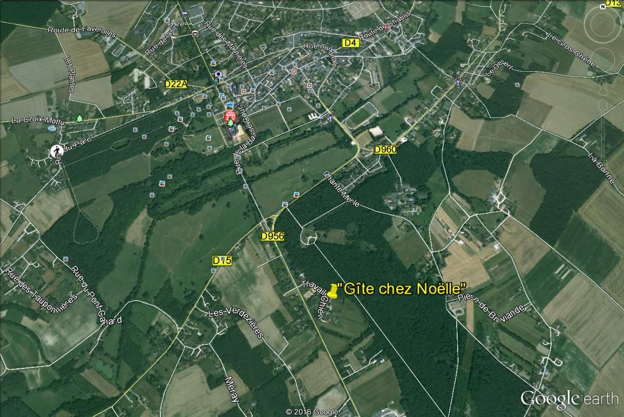 Plan situation - auprès de la Forêt -  à  1,5 Km de la ville et du Château