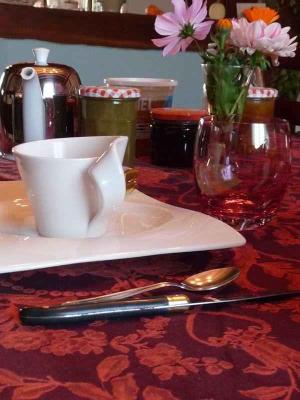 Petit déjeuner français aux Aneries-Marne-Argonne