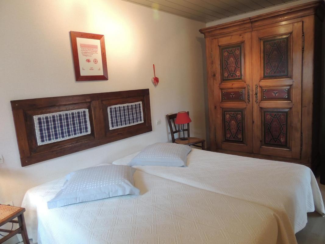 Chambre à coucher 1