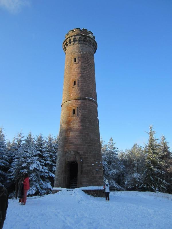 La Tour du Brotsch, accessible à pied au départ du gîte