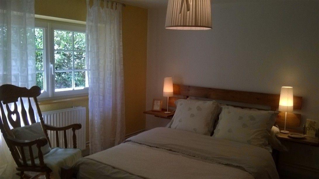 Chambre 1 lit de 140 + armoire + rocking-chair chair