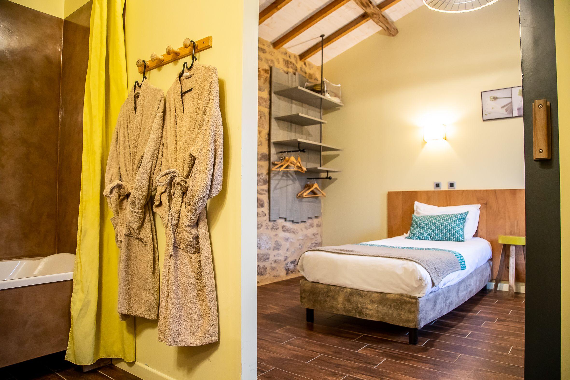 salle de bain privative au Gîte la Godetière au fil des saison