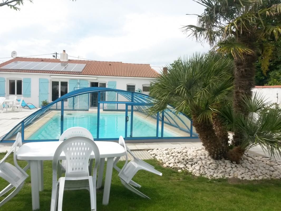 piscine espace vert