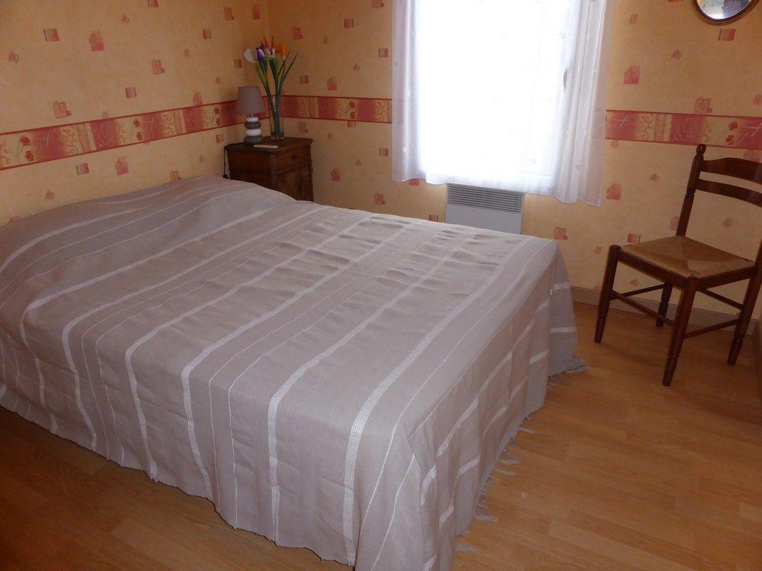 chambre grand lit 140