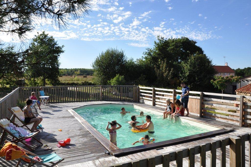 un bassin de baignade pour le plaisir des petits et grands