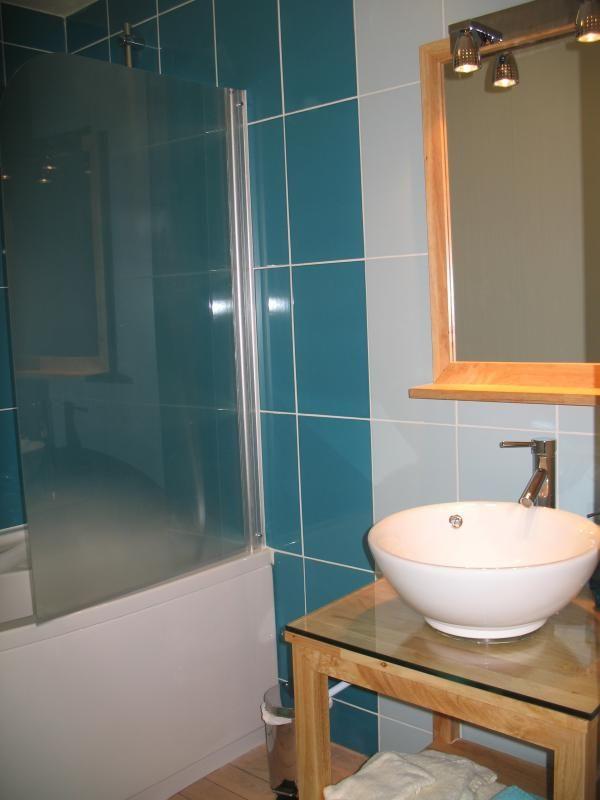salle de bain de la chambre océane