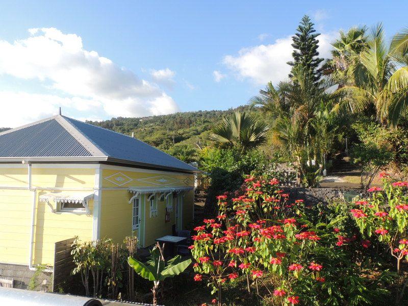 vue d'ensemble du gîte  2 Chambres et terrasse Avec chacune sa salle de bain