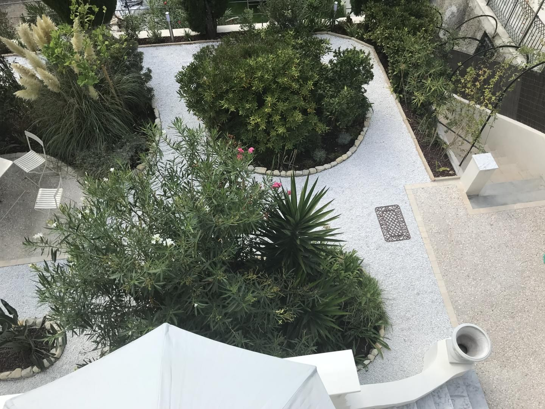 vue jardin du balcon
