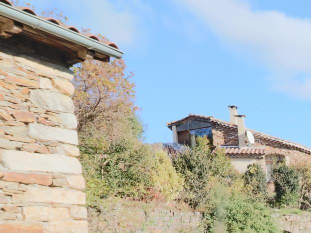 La Martiinère est située dans un hameau paisible de trois maisons