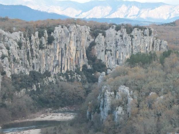 Gorges du Chassezac à 500 m du gîte