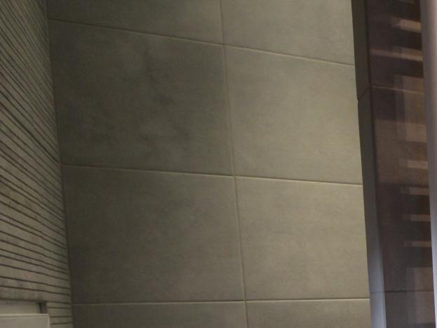 Salle d'eau de la chambre 2 - Grande Douche à l'italienne