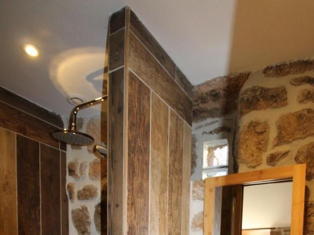 Salle d'eau de la chambre 5 - Douche à l'italienne