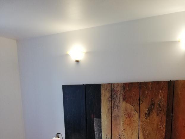 Chambre du gîte Le Cigalou  avec lit en 160 cm
