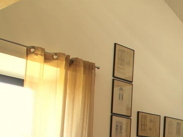 Salon avec poêle à bois