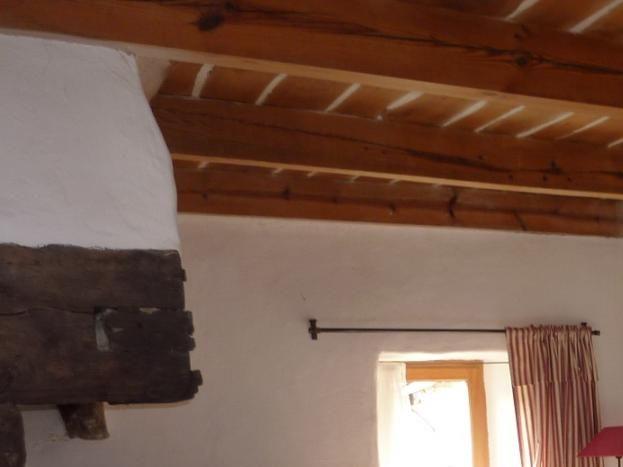 """""""La Treille"""", chambre au rez de chaussée donnant sur le jardin"""