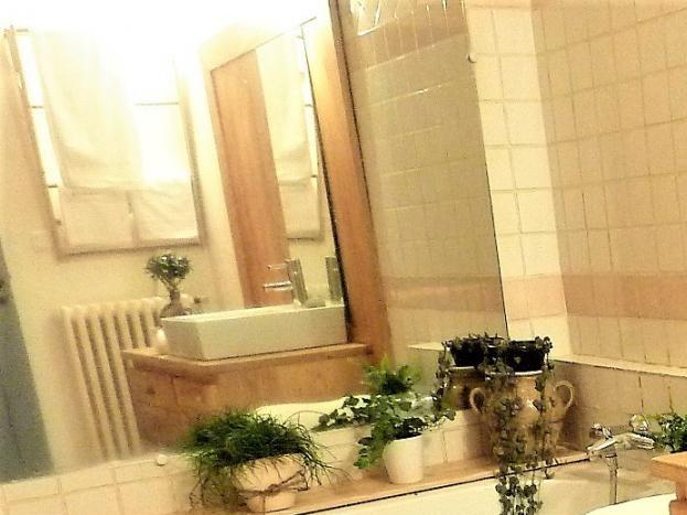 """salle de bain de la chambre""""La Treille"""""""