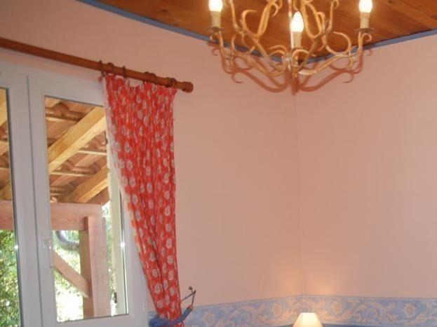 Chambre avec 1 lit de 90 cm