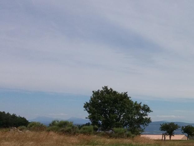 Le hameau de Tallans vu depuis un parc à chèvres