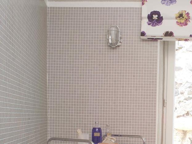 La douche à l'italienne de la chambre parentale du RdeC.