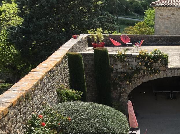 Le domaine du viticulteur Ardèche Vacances en famille.  St Maurice d'bie