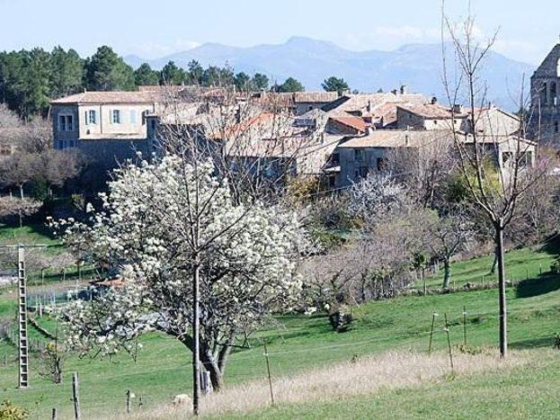 Village d'Ailhon