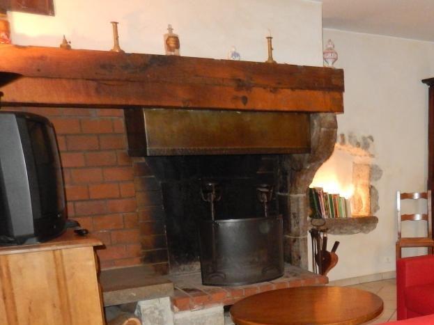 Salle à manger : coin cheminée
