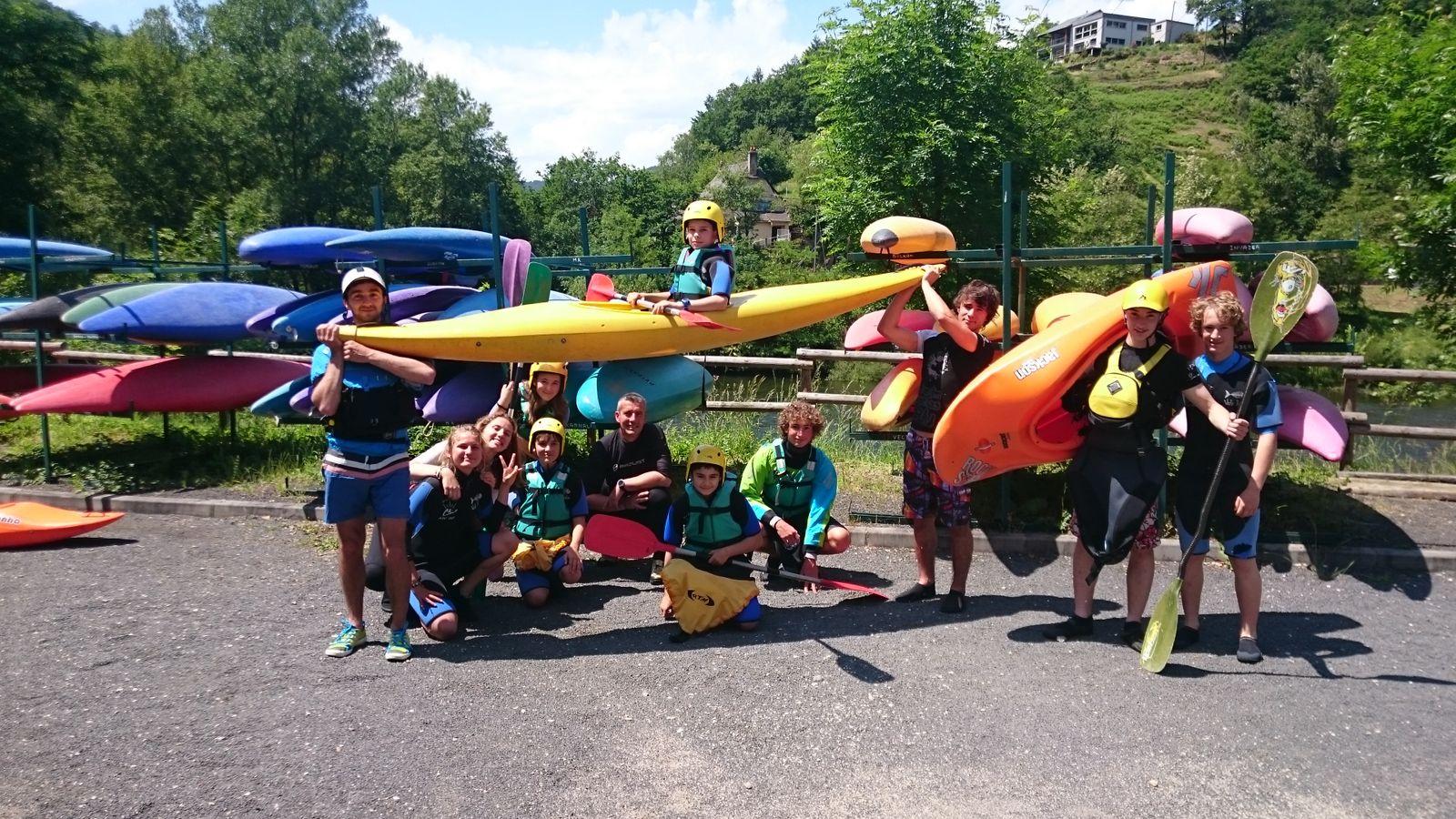 Sur la rivière Lot multiples activités : Canoë- kayak -rafting etc...