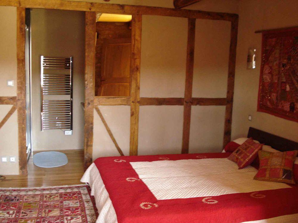 Chambre 1 (+ salle d'eau)