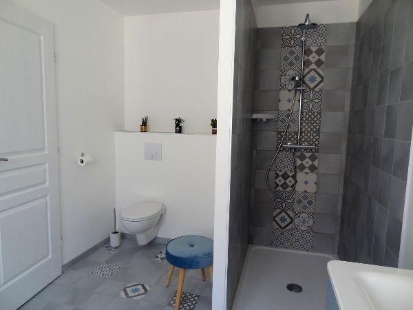 salle d'eau-wc rez de chaussée