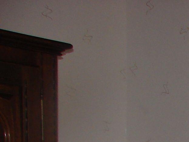 chambre blanche les Lys coté cour< <rdc