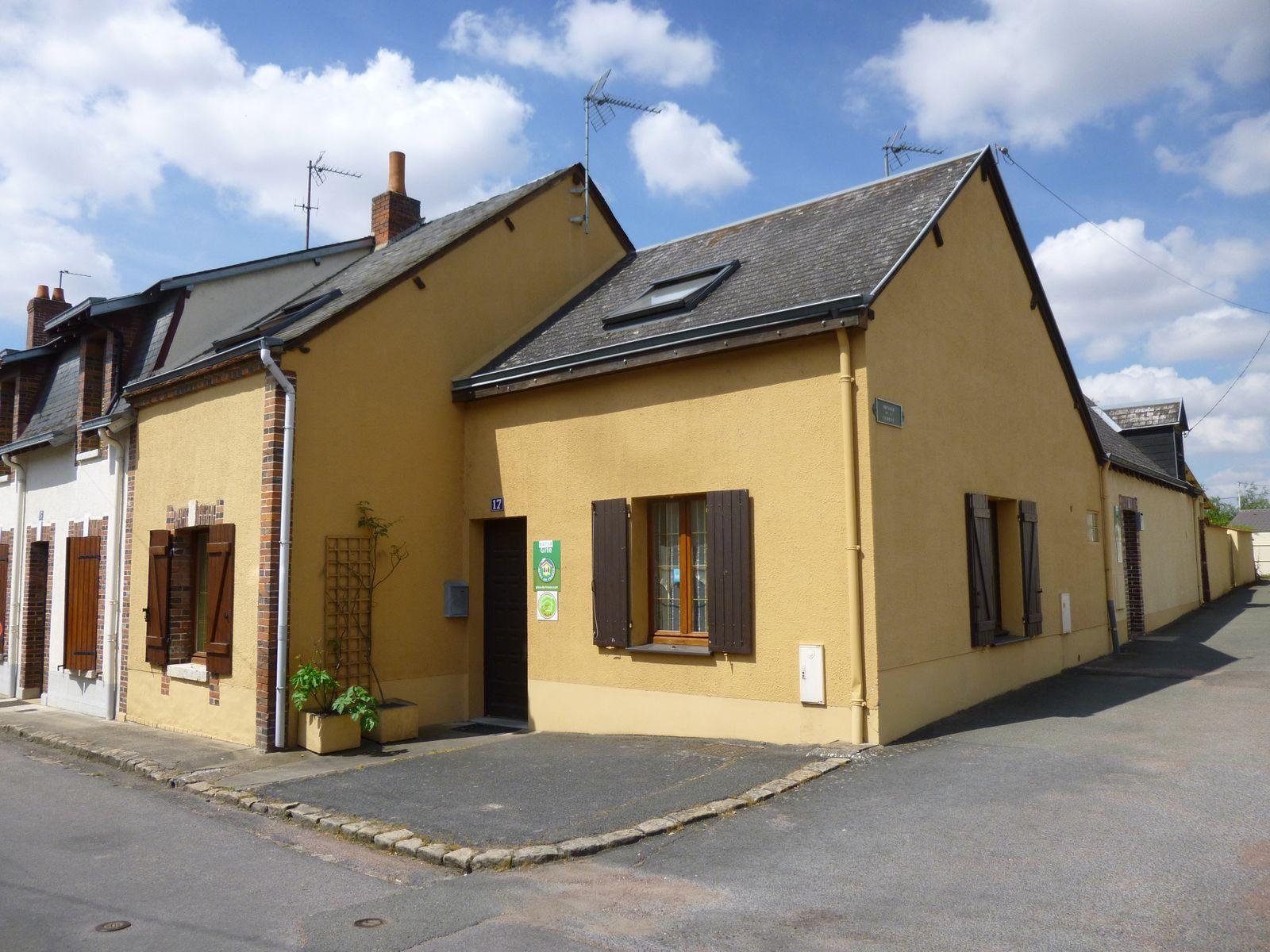 Maison avec parking extérieur