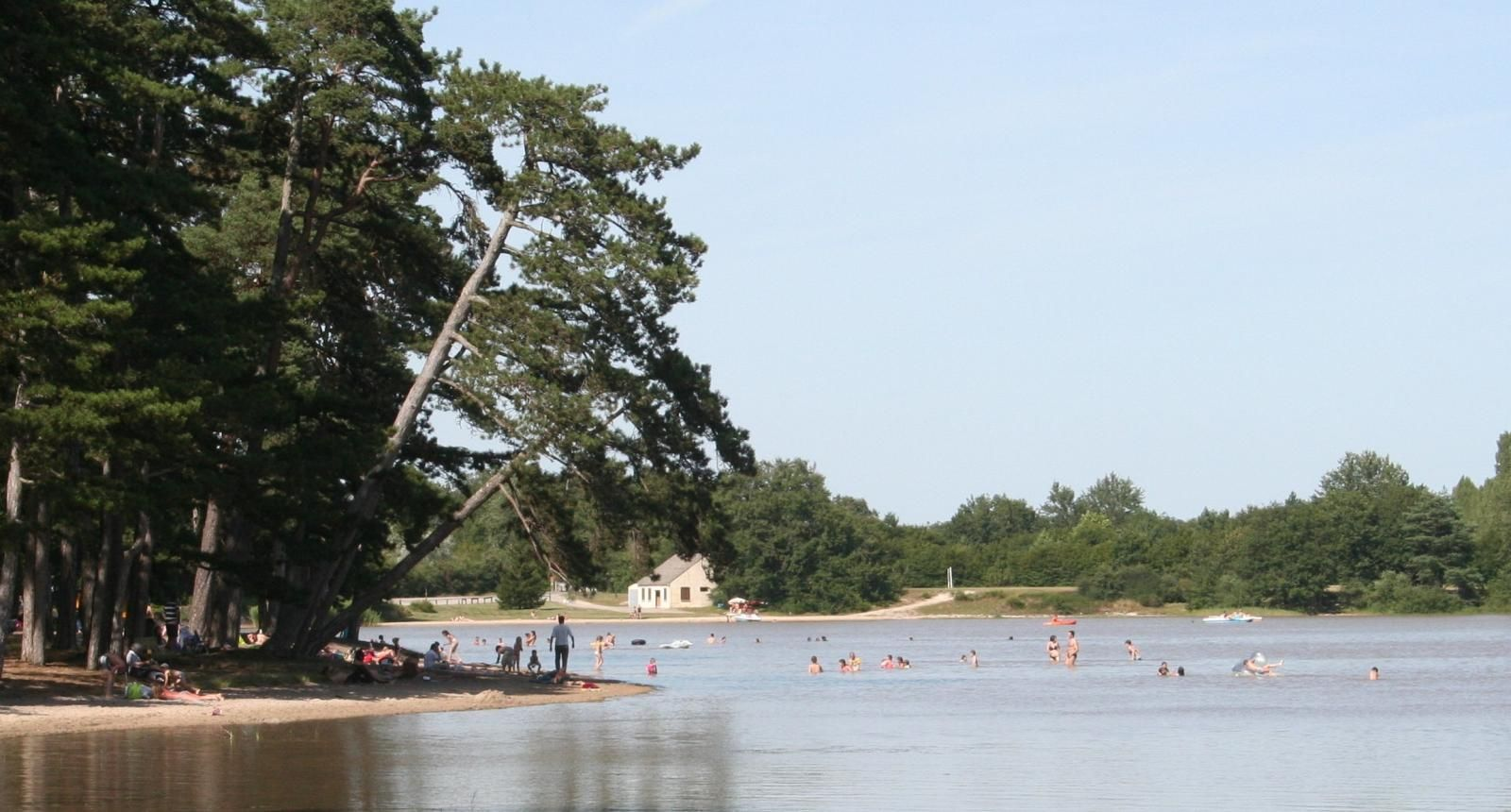 Baignage : plage aménagée à 30 minutes du gîte