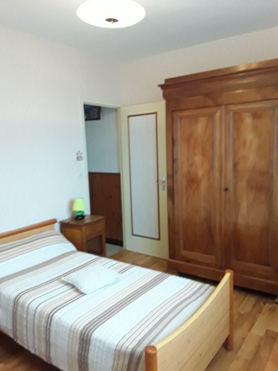 chambre 2 lit 90