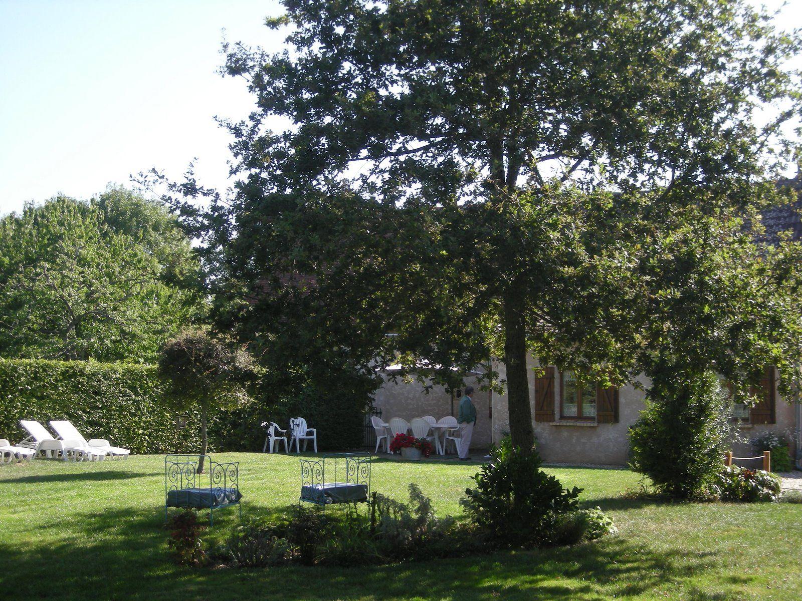 jardin privatif de 800m²