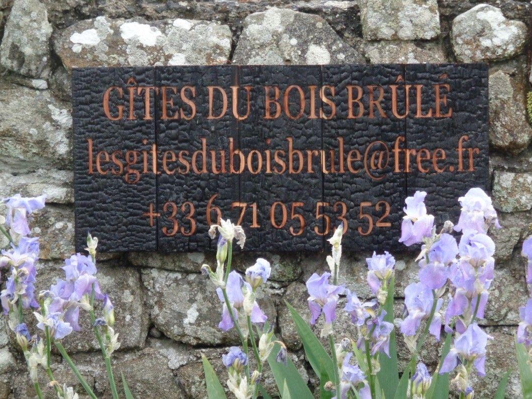 Nous contacter en direct 06 71 05 53 52 lesgitesduboisbrule@free.fr