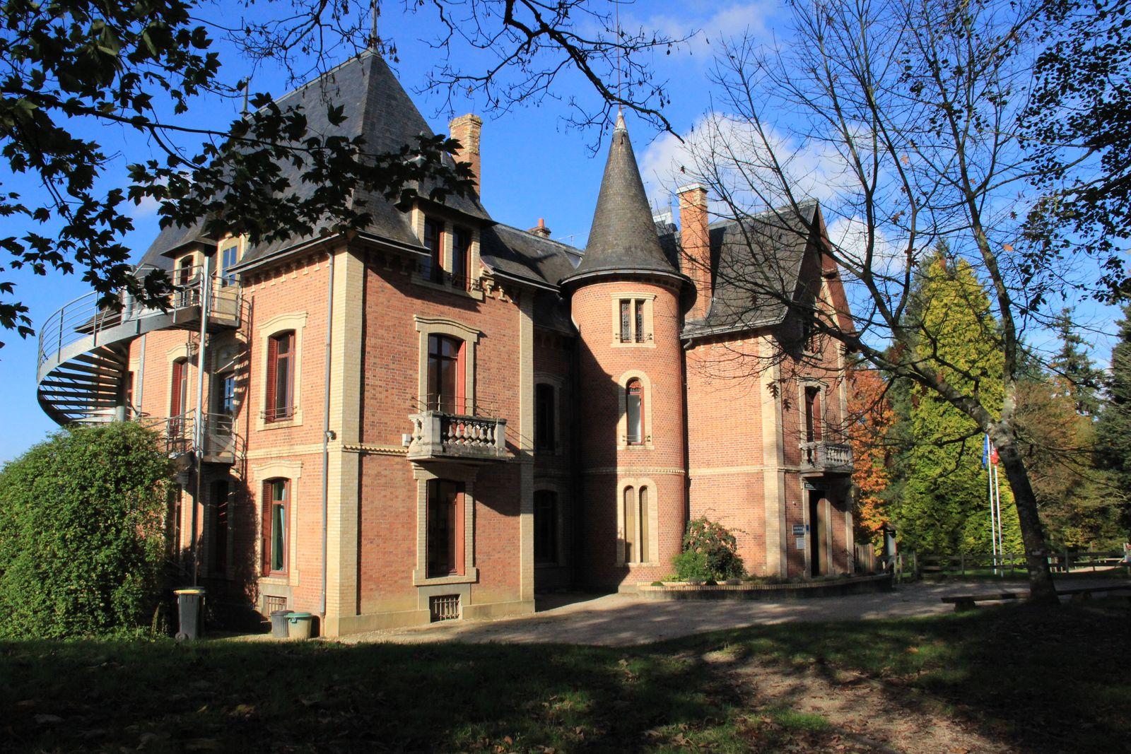 Vue avant du Château