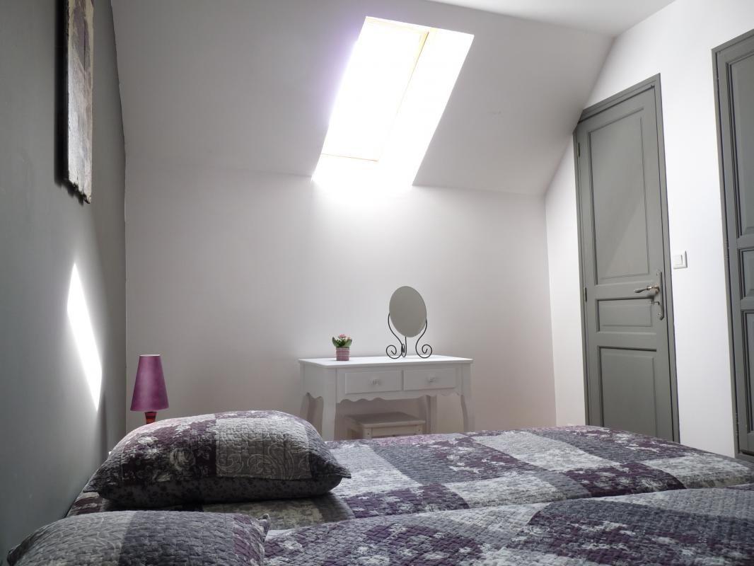 Chambre 2 avec 3 lits de 90
