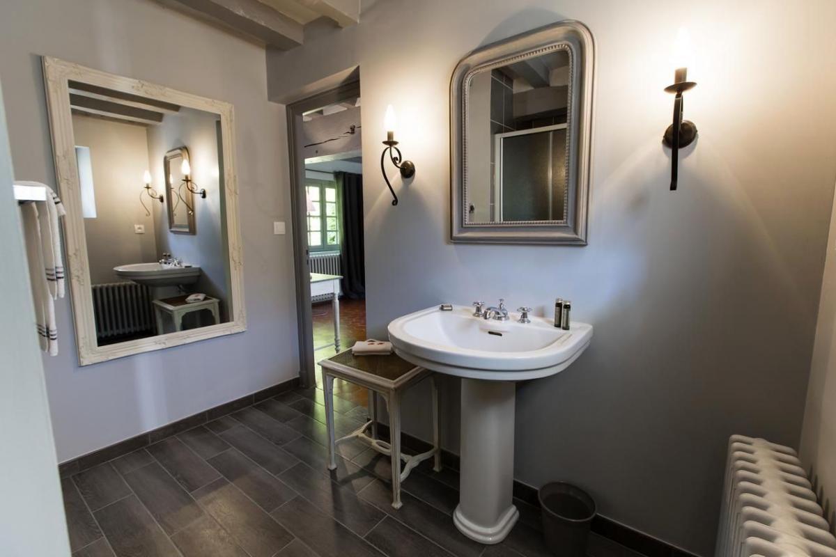 Chambre Tourterelle salle de bain