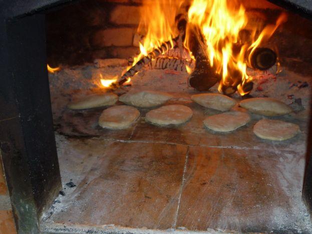 Soirée fouaces autour du four à pain du site