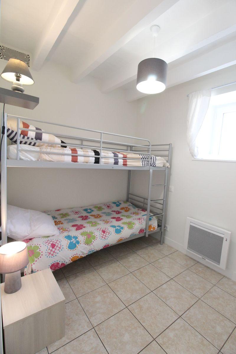 Chambre 3 2 lits superposés